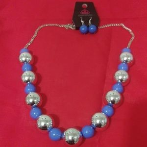 Paparazzi blue and silver large bead necklace.